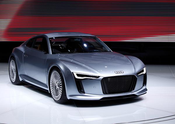 Audi Introduces Second e-tron Electric Sportscar Concept at Detroit Show - Green Car Congress
