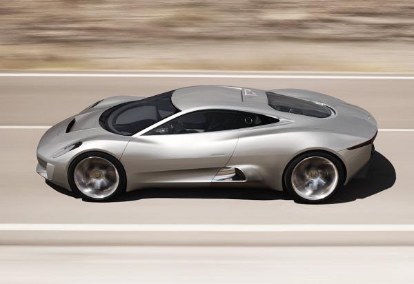 Jaguar Introduces C-X75 Gas Micro-turbine Extended Range