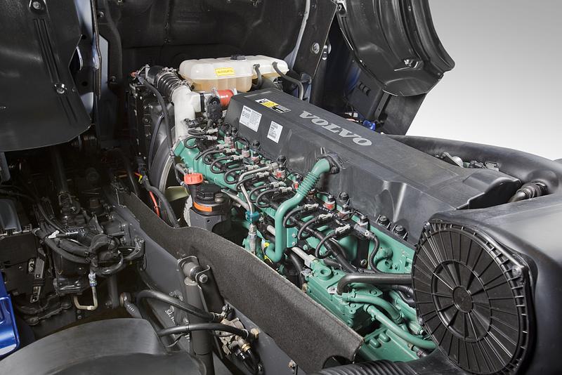 Engine_installation_D13C-Gas