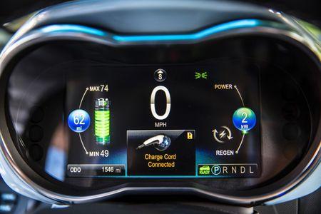 2014-Chevrolet-SparkEV-067-medium