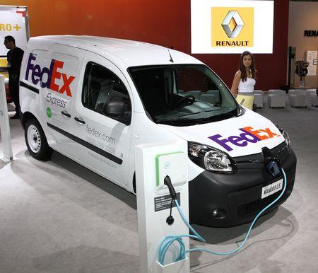RenaultGroup_51983_global_en-2