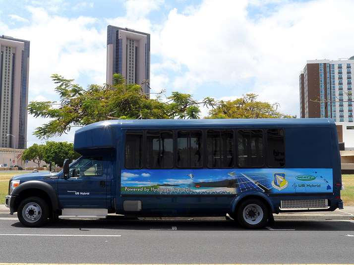 US Hybrid Fuel Cell Shuttle Bus