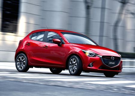 MAZDA2_CUT006_MJO_HIGH_DE_SOUL_RED