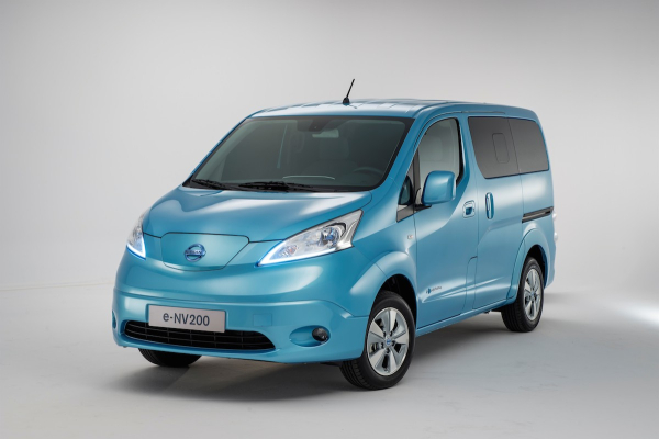 40058e9039 Nissan introduces the e-NV200 electric van - Green Car Congress
