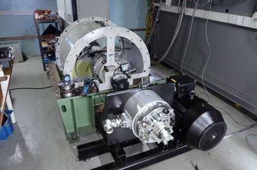 Scaled-down test rig based on a single 220kJ TorqStor