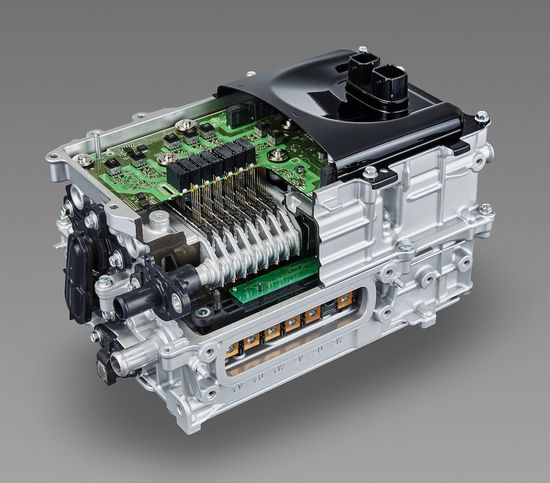 Prius_2ZR_FXEcutaway_8FA1061C1BDF5969346FD8DA025C7DE46F7D6DB3