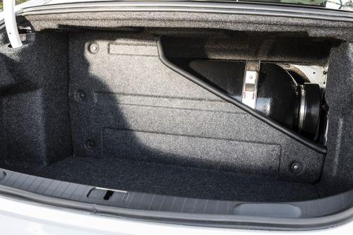 2015-Chevrolet-ImpalaBi-Fuel-005-medium