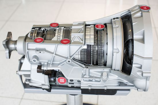 3.5-liter-EcoBoost-engine-close-up