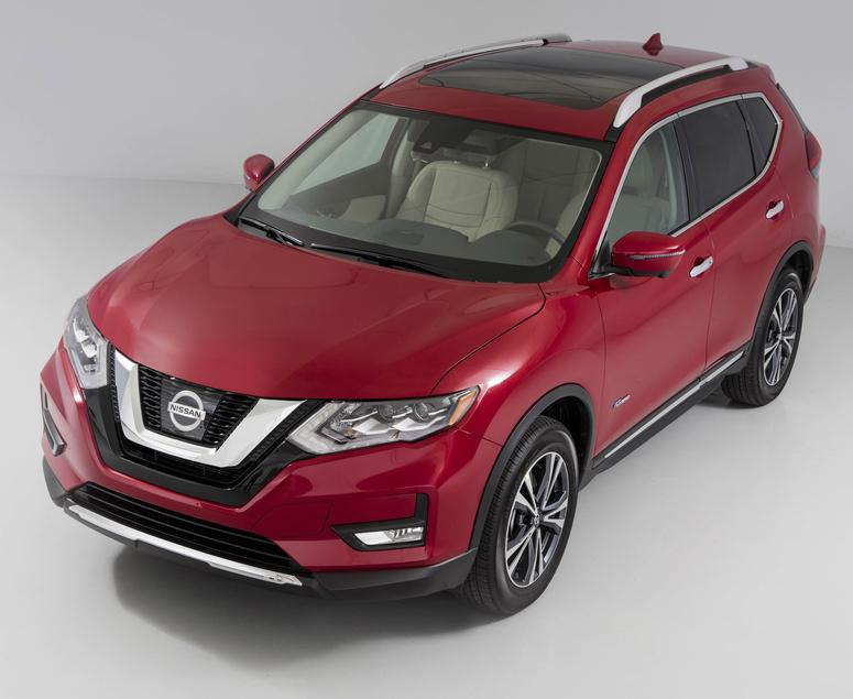 2017_Nissan_Rogue_Hybrid_01