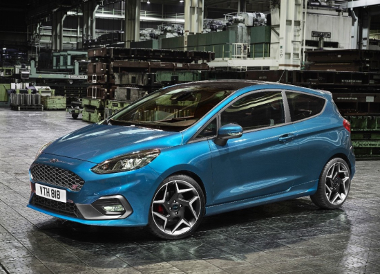 Next-Gen Ford Fiesta St with new 200 PS 3-cylinder, 1 5L