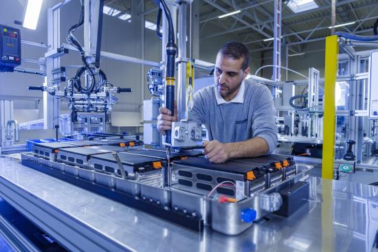 AKA Produktion Serien-Batteriesysteme Langen Foto Akasol - Alexander Heimann 2