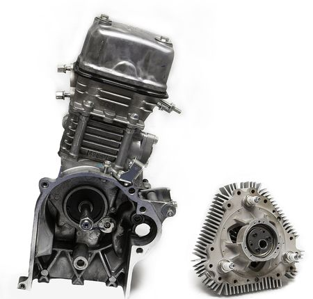 X Mini vs Honda Metropolitan 49cc Engine