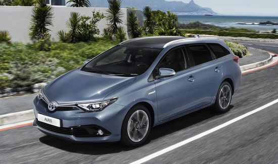 Toyota revamps Auris powertrain lineup, including hybrid; debut of new 1.2L turbo with Otto/Atkinson technology