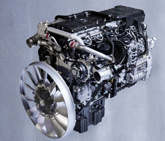 Mercedes-Benz introduces next-gen OM 471 heavy-duty engine; more fuel efficient, more torque with fast build-up at very low revs