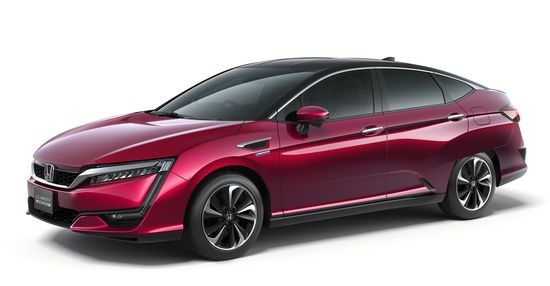 Honda Leverages Older Name For New Fcv Clarity Fuel Cell Makes Its