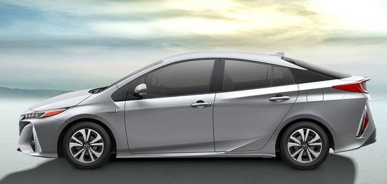 2017_Toyota_Prius_Prime_13_F9EC2DE33AC34AB16A6D9B9DCB7A6A46631BCE66