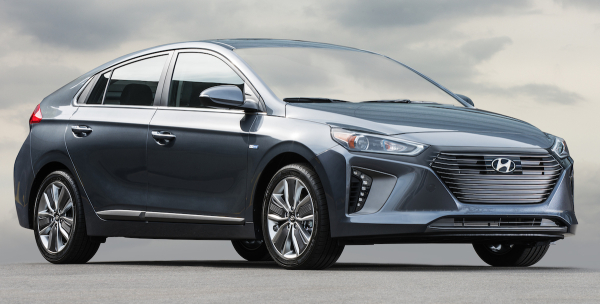 hyundai begins rollout of ioniq hybrid phev and ev most efficient non plug vehicle most. Black Bedroom Furniture Sets. Home Design Ideas