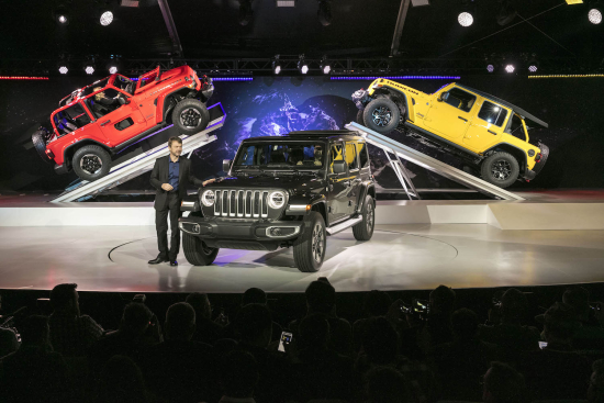 Jeep introduces 2018 Wrangler with mild hybrid, diesel