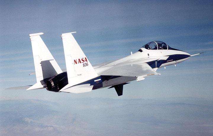 NASA-F-15B