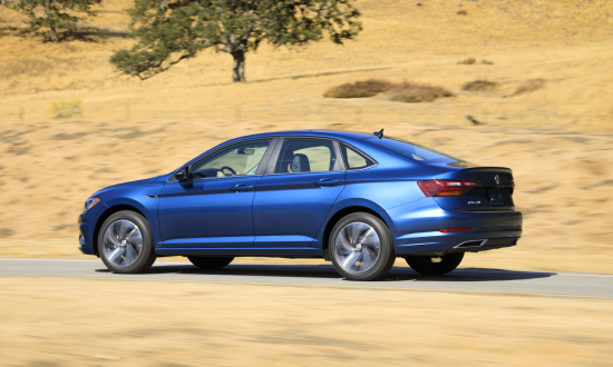 New Larger 2019 Volkswagen Jetta Boosts Fuel Economy Over Curren Generation