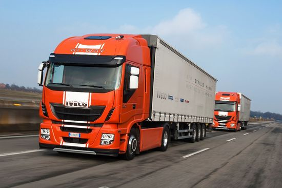 Iveco-Stralis-Platooning-001