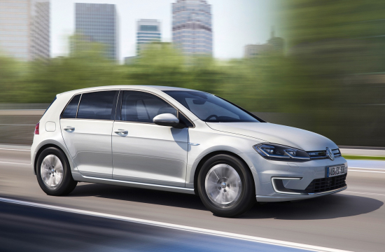 The Electric Motor Has Been Upgraded To Deliver 134 Horse 100 Kw 19 Hp More Than First Version Of E Golf At Same Time