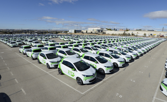 500 Renault ZOE on streets of Madrid with ZITY car sharing scheme (2)