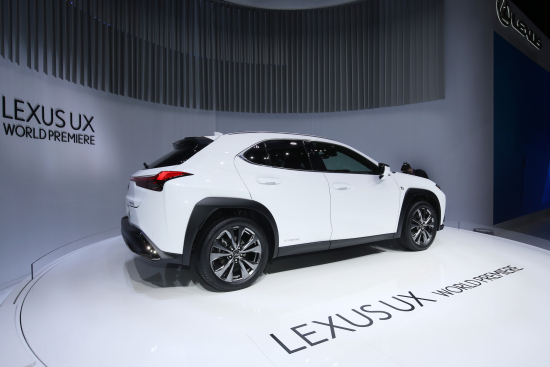 Lexus Unveils New Ux Crossover With New Hybrid System First Use Of