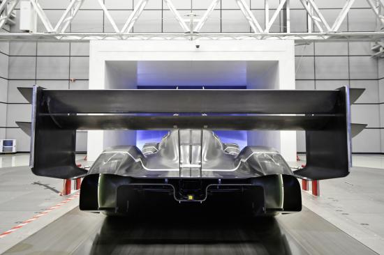 Volkswagen_I.D._R_Pikes_Peak_Breaks_New_Ground_in_Aerodynamics-Large-8288