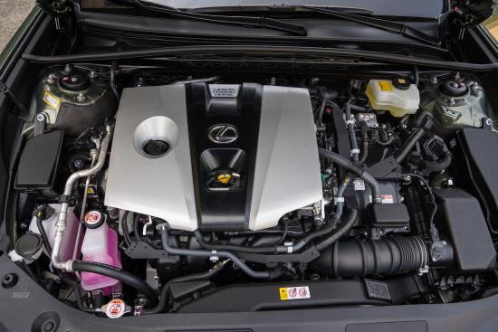 2019_Lexus_ES_300h_Engine_02_F32206CD5B5C81D85478C683D154E0A1A3BD9CAB
