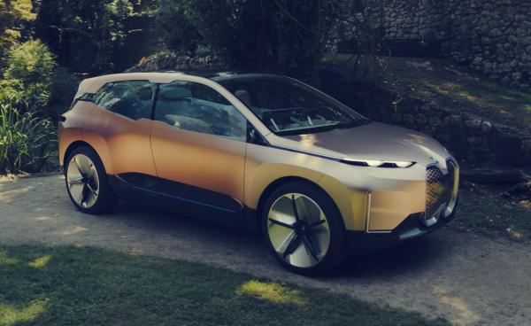 photo image BMW iNEXT concept