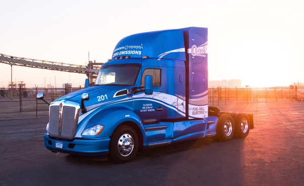 photo image Toyota and Kenworth collaborate to develop 10 hydrogen fuel-cell T680 trucks as part of ZANZEFF grant