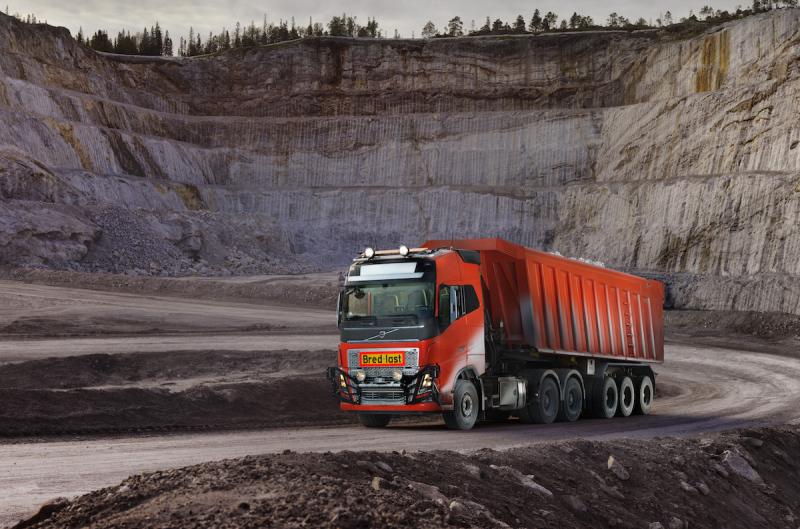 Highres-Volvo-Trucks_Autonomous-Volvo-FH-01