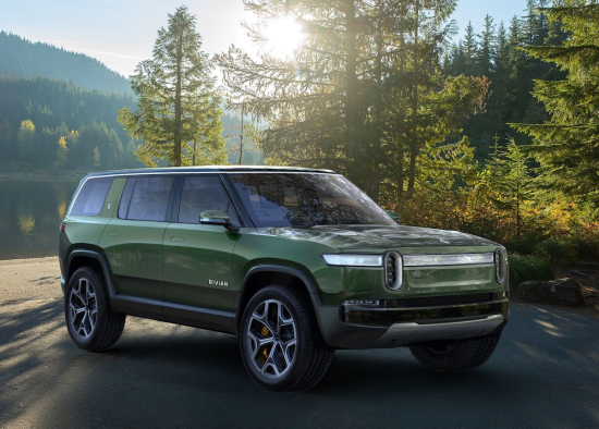 Awd Electric Car >> Rivian Introduces Two Quad Motor Awd Electric Adventure Vehicles