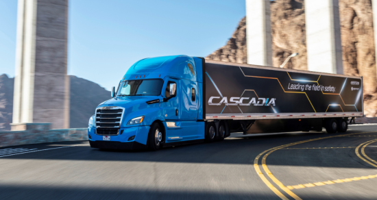 photo image DTNA Freightliner new Cascadia first SAE Level 2 automated truck in NA; 35% better fuel efficiency than 2007 Cascadia