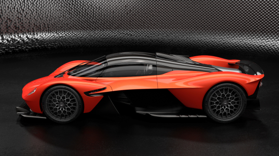 Aston_Martin_Valkyrie_–_Designer_Specification_–_MAXIMUM_3-jpg