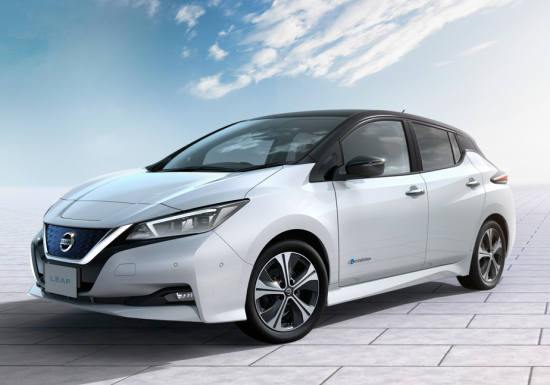 Nissan Leaf First Electric Car To P 400 000 Unit S