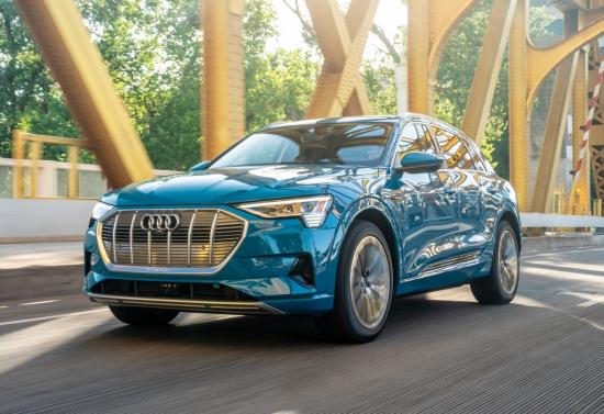 Small-2019-Audi-e-tron-5822