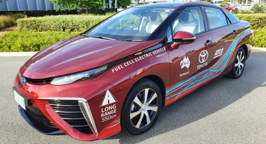 Toyota-mirai-fuel-cell-electric-vehicle-v2