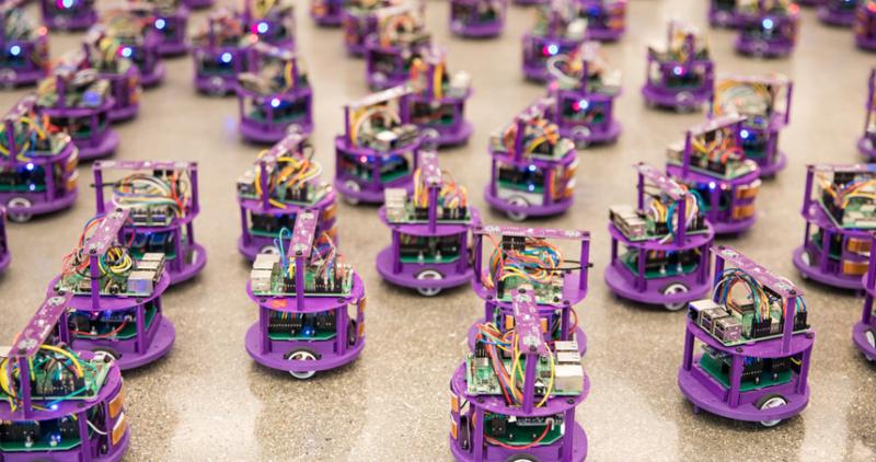 Swarming-robots-avoid-collisions-traffic-jams-body