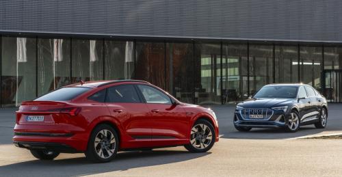 Small-2021-Audi-e-tron-SUV-family--European-models-shown--7533