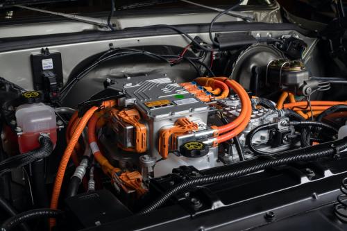 SEMA-ChevroletPerformance-K5-Blazer-E-02