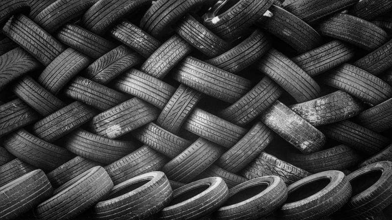 The estimated 1.5 billion waste tires that are discarded each year worldwide can be used as feedstock in the production of low-carbon  low-sulfur fuel using Haldor Topsoe's HydroFlex™ technology