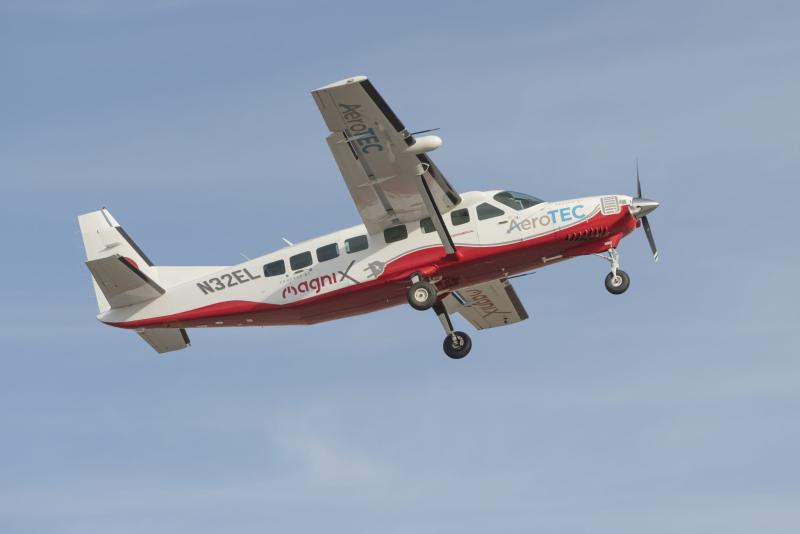 Ecaravan-flight-02-2048x1366