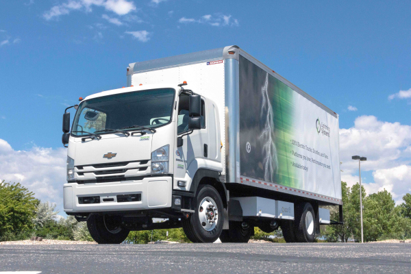 Octillion supplying Lightning Systems with batteries for medium-duty electric trucks, new mobile charger