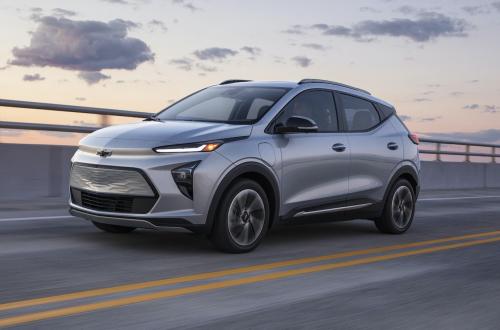 2022-Chevrolet-BoltEUV-010