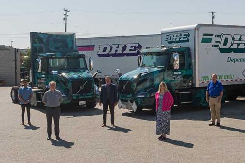 Volvo-trucks-delivers-vnr-electric-trucks-to-dhe-650x433