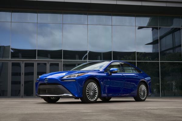 2021 Toyota Mirai arrives in US dealerships in December ...