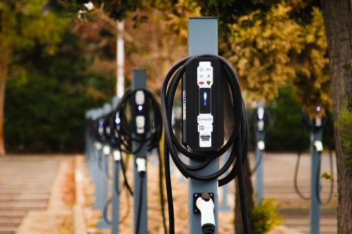 Volkswagen_Group_of_America_gains_51_charging_stations_at_IECC_Silicon_Valley_Campus-Small-12483