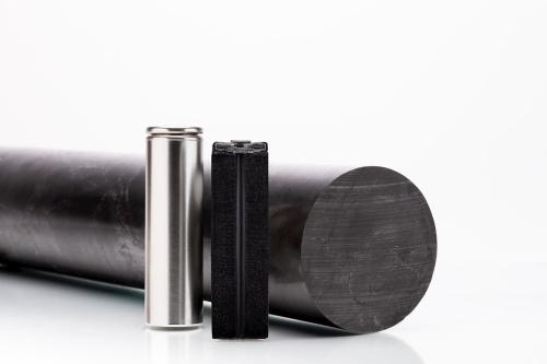 Batteries_and_graphite_rod_image_courtesy_of_Talga